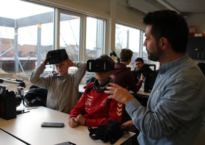 Workshop med VR-briller på Løgstrup Skole